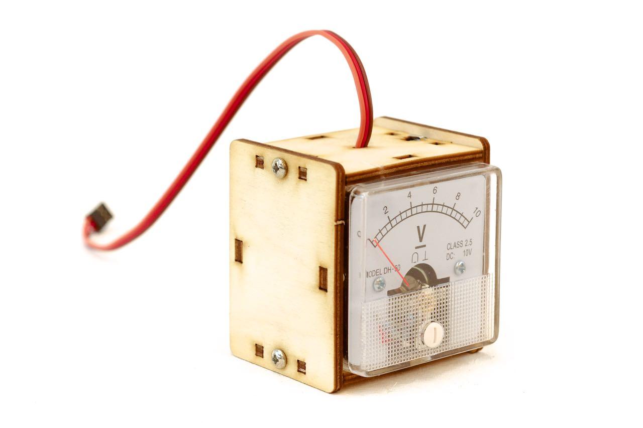 voltage meter - arduino lofi robot